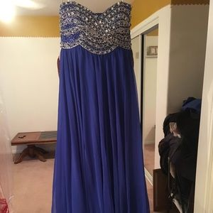 Blue strapless Sheri hill gown
